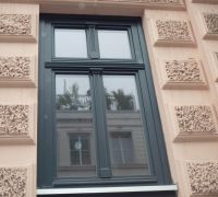 Holzfenster in Hamburg im Zeiseweg