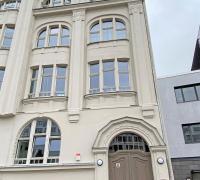 Holzfenster im Denkmalschutz Riebeckplatz Halle