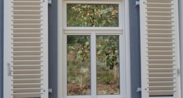 Holzfenster, Holztüren und Pflege