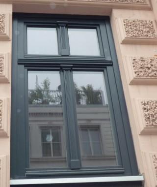 Holzfenster im Denkmalschutzbereich gefertigt nach Vorgabe des Denkmalamtes Hamburg